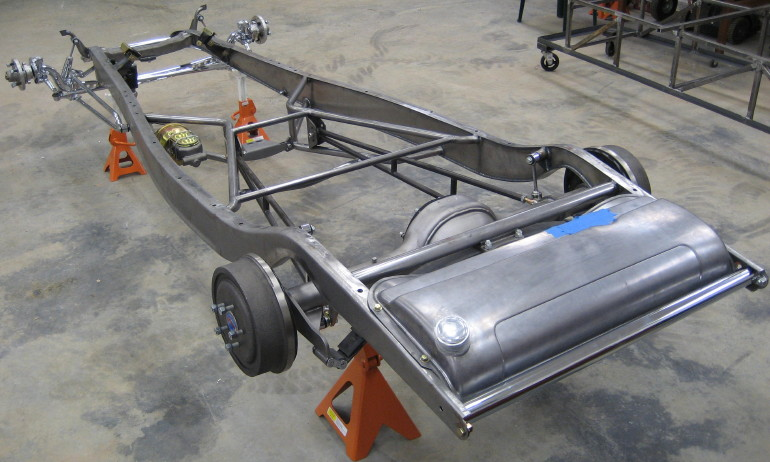 ae637927e034 1932 frame with recessed boxing plates