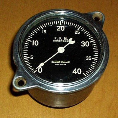 sw auburn 4k classic stewart warner gauges vintage stewart warner tachometer wiring diagram at panicattacktreatment.co